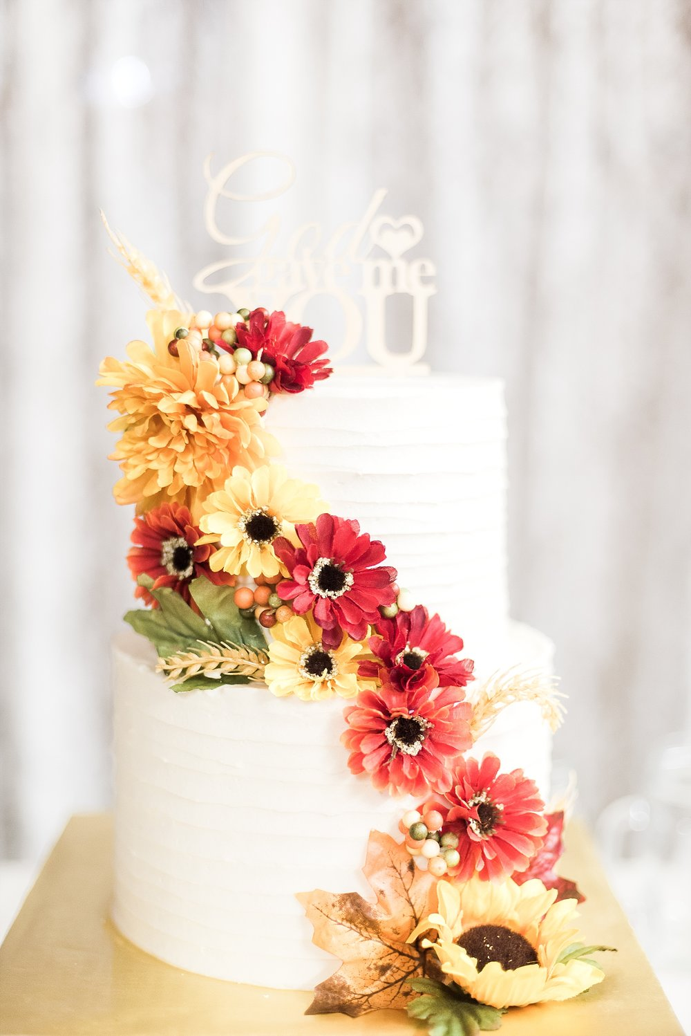 fall-country-wedding-cake