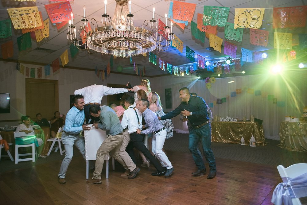 mexican-wedding-dance
