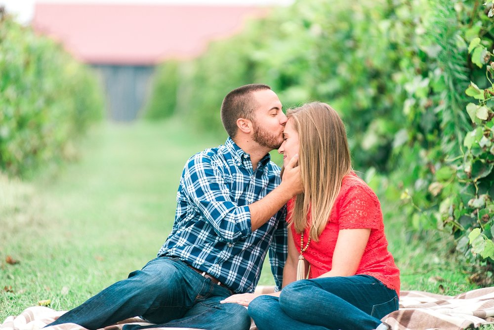 engagement-session-at-winery