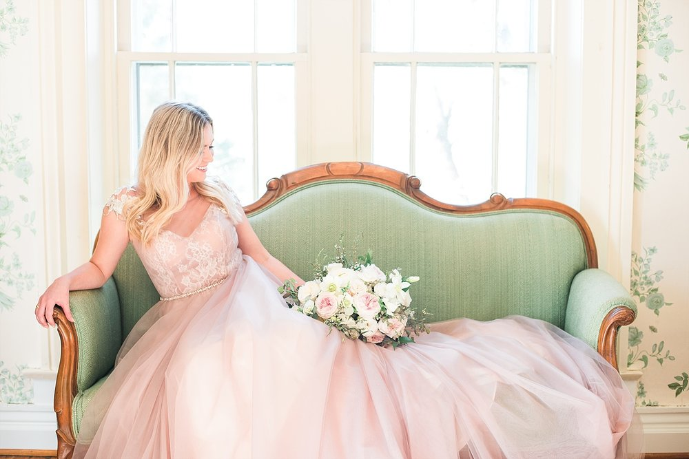 romantic-bridal-portraits