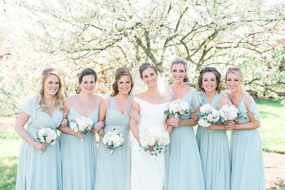 bridesmaids-blue-green-dresses
