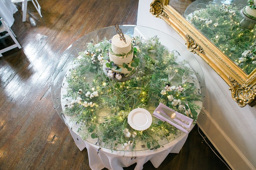 cake-table-from-above