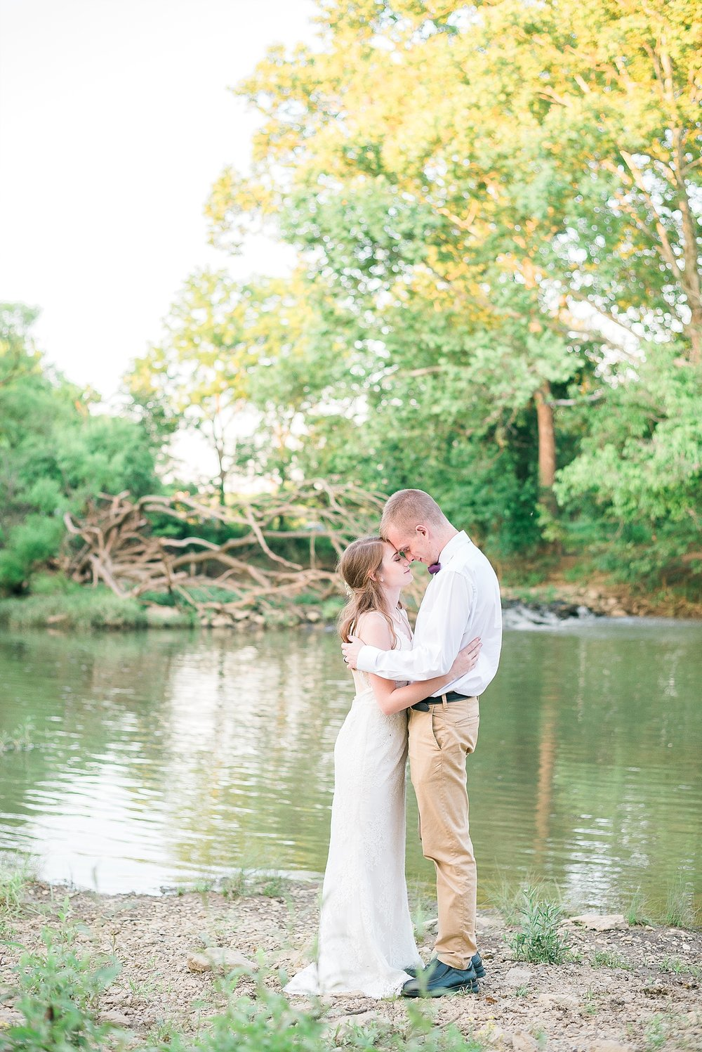 pond-wedding-photos