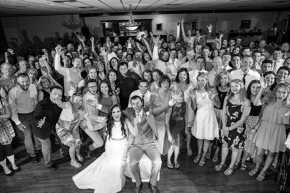 large-wedding-group-photos