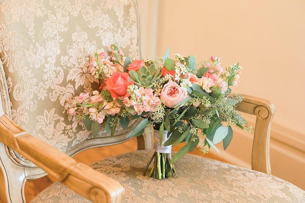 coral-wedding-bouquets