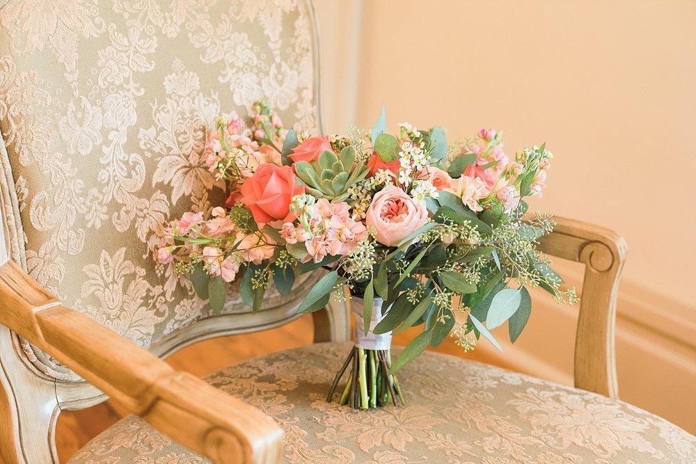 coral-wedding-bouquets
