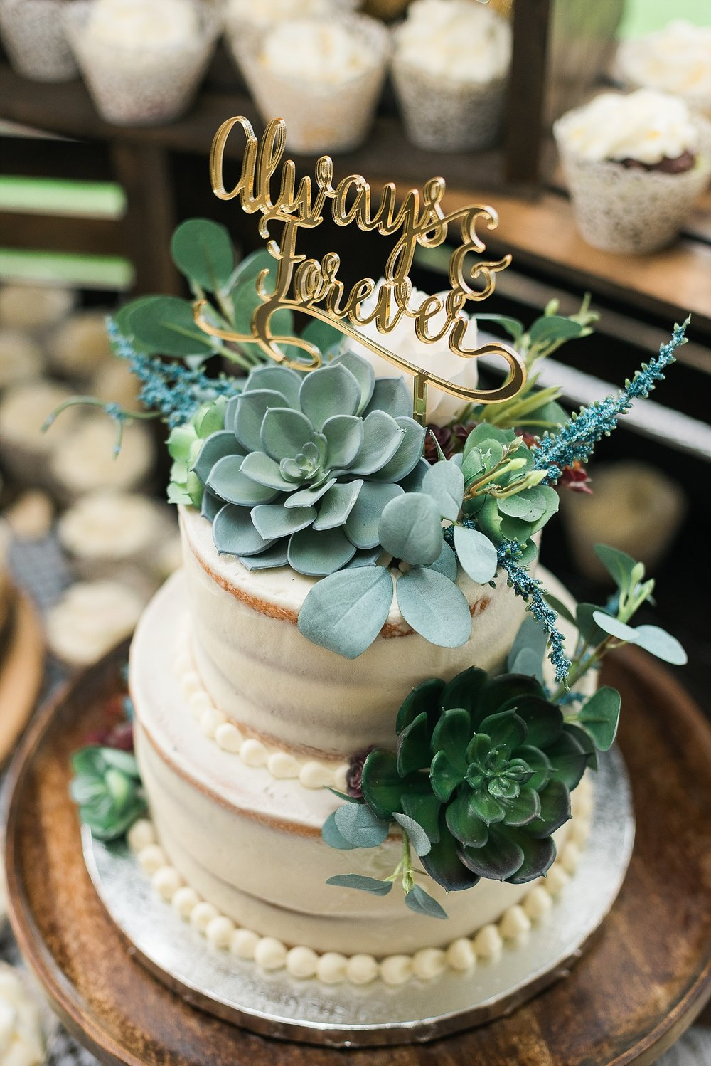 Obsessed with this cake by Sweets by Cindy!