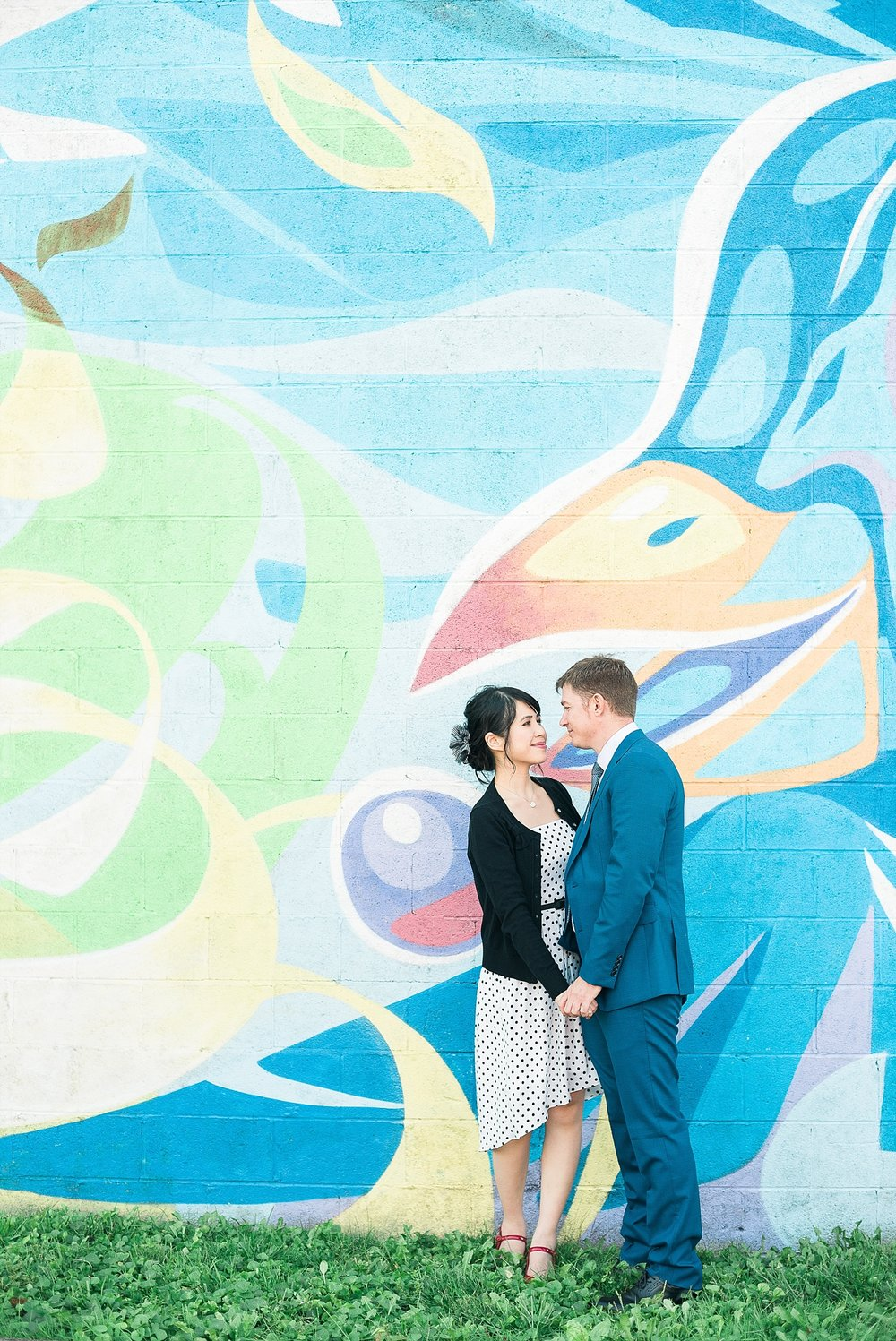colorful-engagement-photos