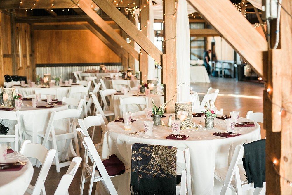 reception-in-barn