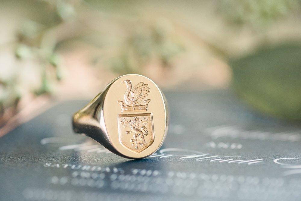 family-crest-ring