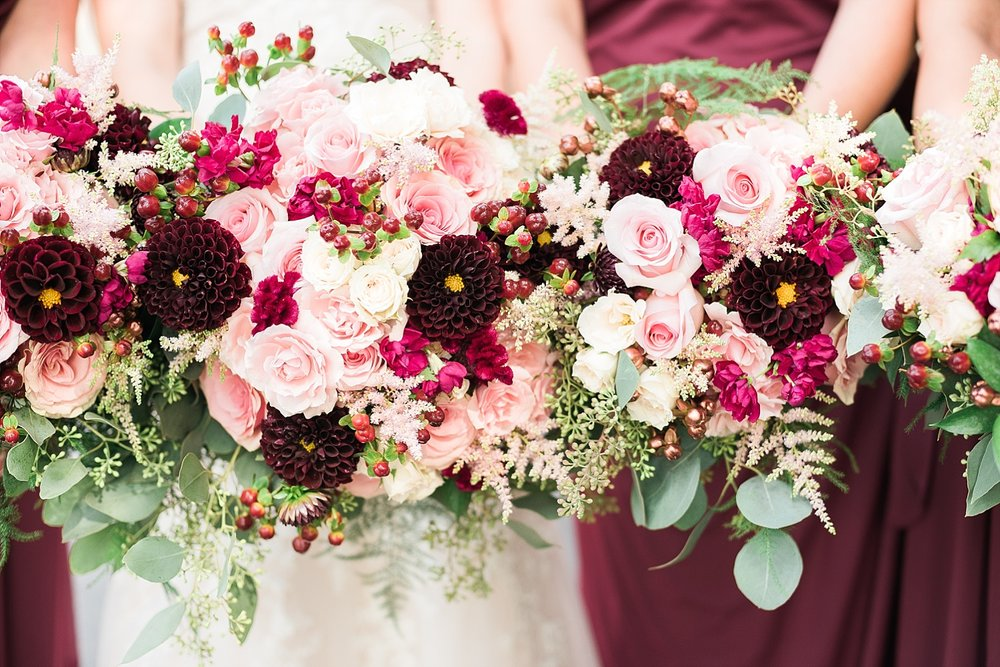 berry-bridal-bouquets