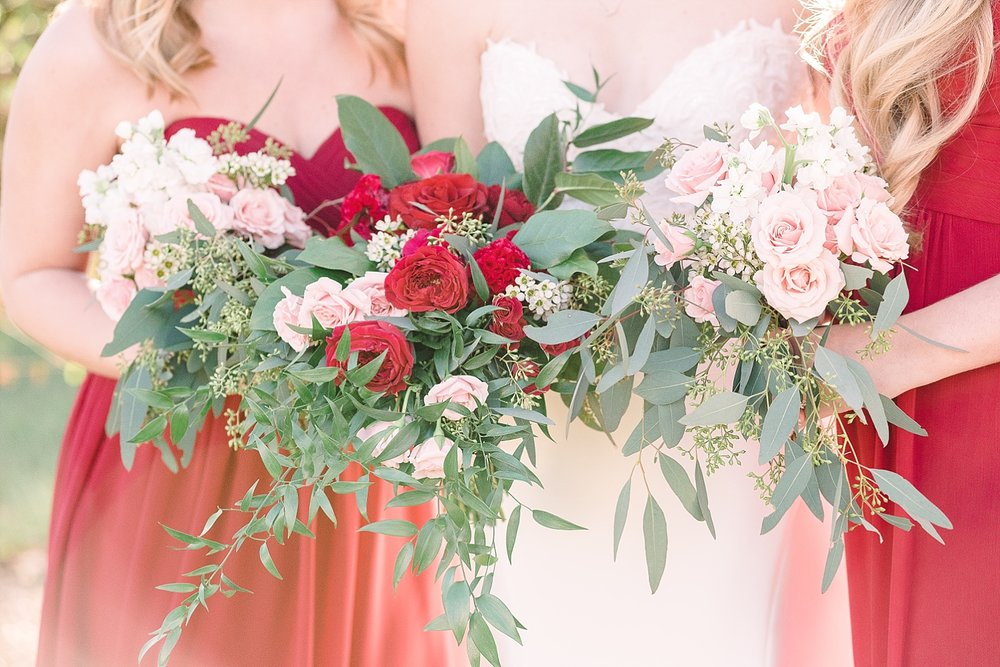 red-pink-bouquets