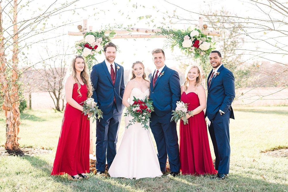 wedding-party-posing