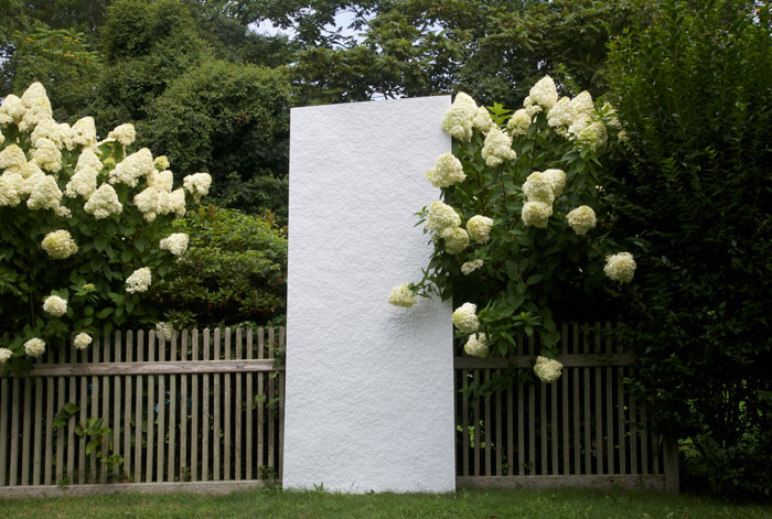 G. William Webb,  Dayvisible , 2012, aluminum, 108 x 46.5 x 3.5 in