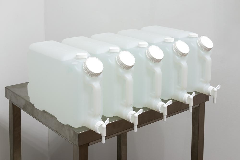 Sean Raspet, (C8+ alcohol variations) ,3-octanol, 1-decanol, trans-2, cis-6- nonadien-1-ol, phenylethyl alcohol, alpha- terpineol, nerolidol, geraniol; Human Vanillin Receptor Target Mixture ,vanillin, ethyl vanillin, vanillin acetate, vanillyl butyl ether, vanillylacetone, N-vanillylnonamide;  (benzyl(C++)aldehyde) ,benzaldehyde, phenylacetaldehyde, hydrocinnamaldehyd; (methyl pyrazine addition ramp) ,2-methylpyrazine, 2,3-dimethylpyrazine, 2,3,5-trimethylpyrazine, 2,3,5,6,- tetramethylpyrazin; (iso-ester reversal) ,isobutyl formate, isobutyl acetate, isoamyl formate, isoamyl acetate, methyl isobutyrate, methyl isovalerate, ethyl isobutyrate, ethyl isovalerate (all 2015, dimensions variable)