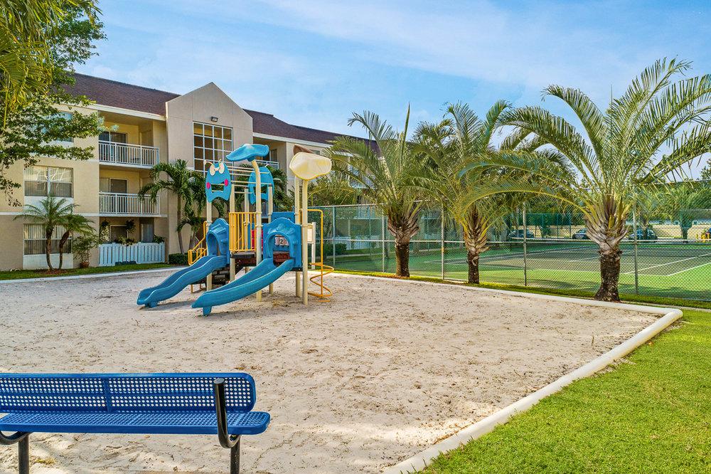 Palm_Gardens_0038.jpg