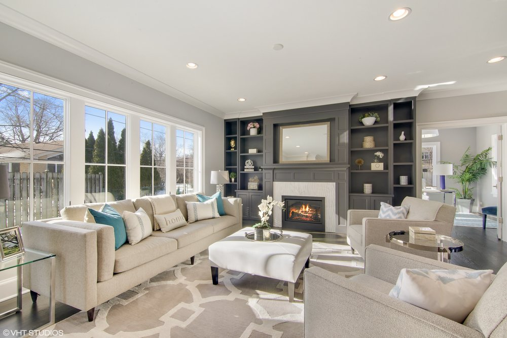 Family Room & Fireplace