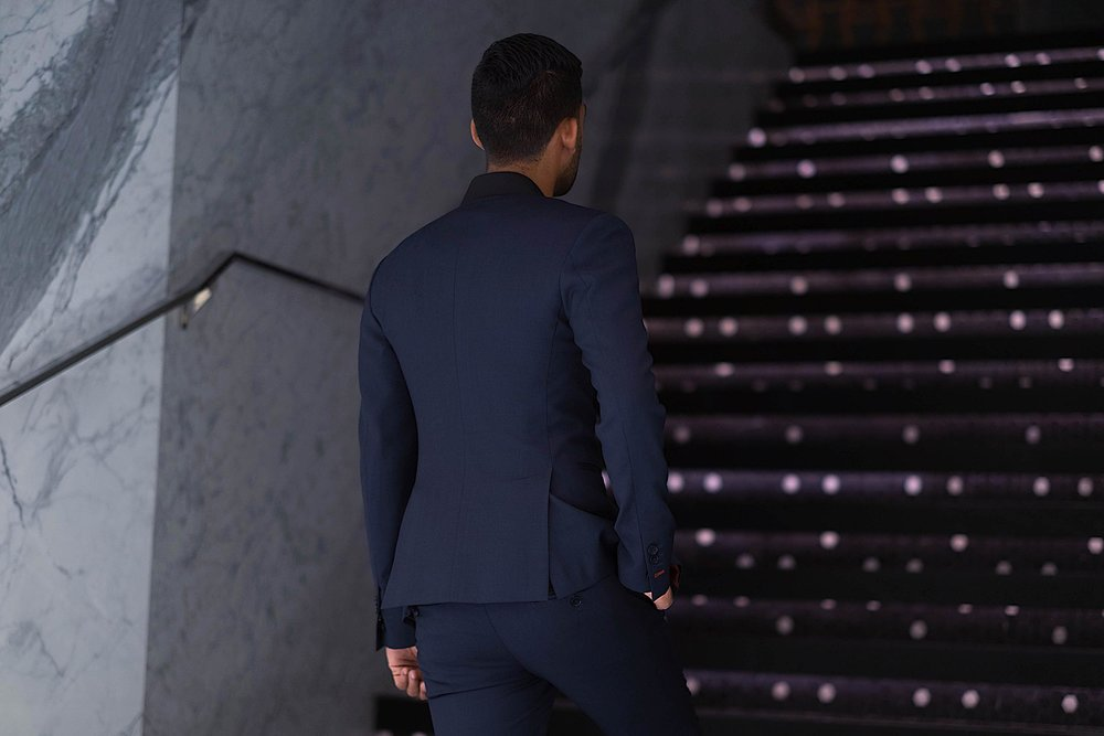 suit back