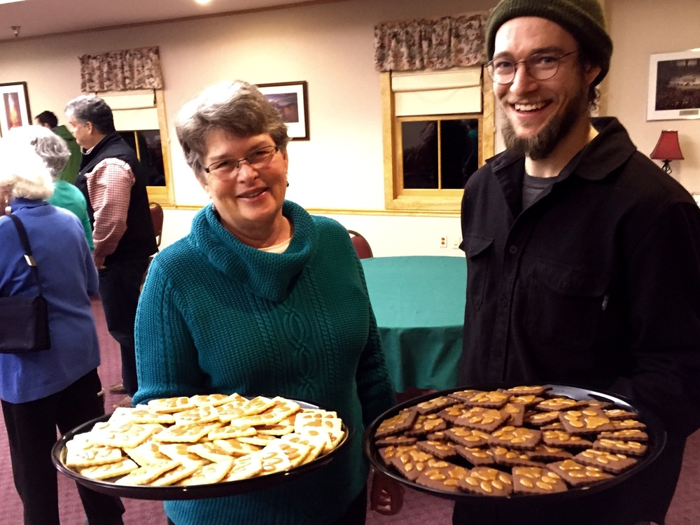 Delicious cougar paw cookies at our Cougar event with Sue Morse
