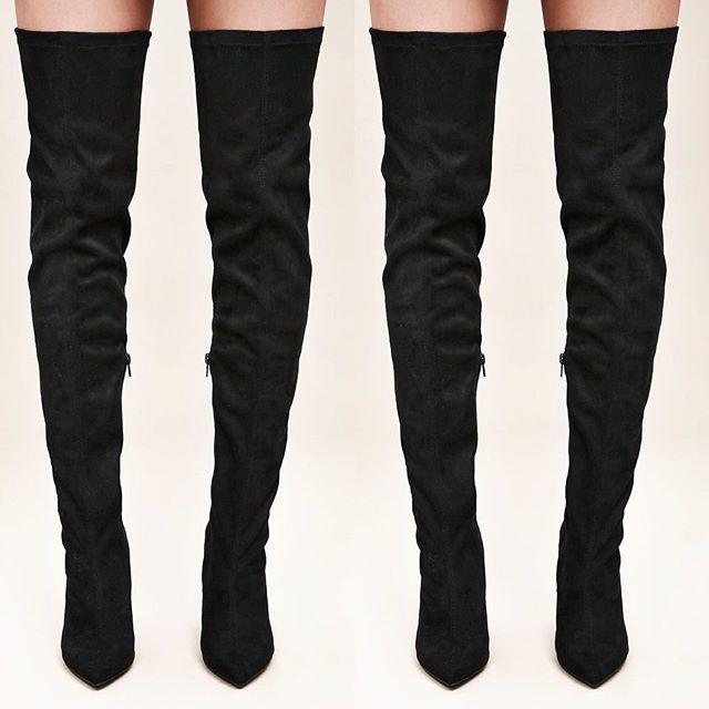 ••••• Them thigh highs 🔥🔥😍