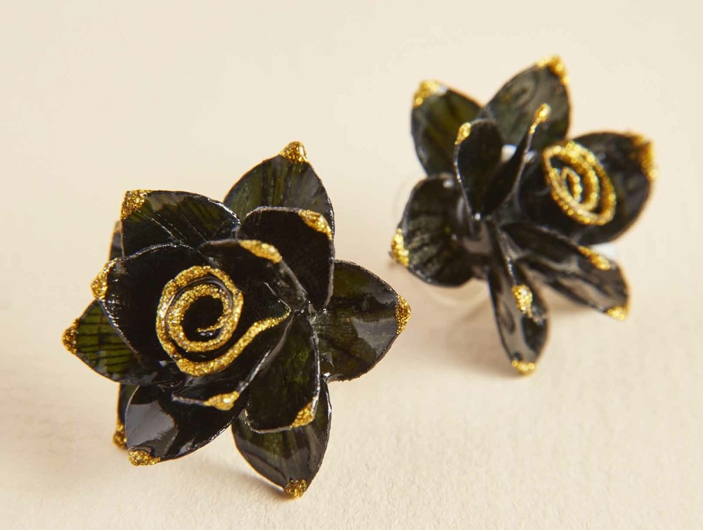 $39.00- BLACK ROSE FISH SCALE EARRINGS