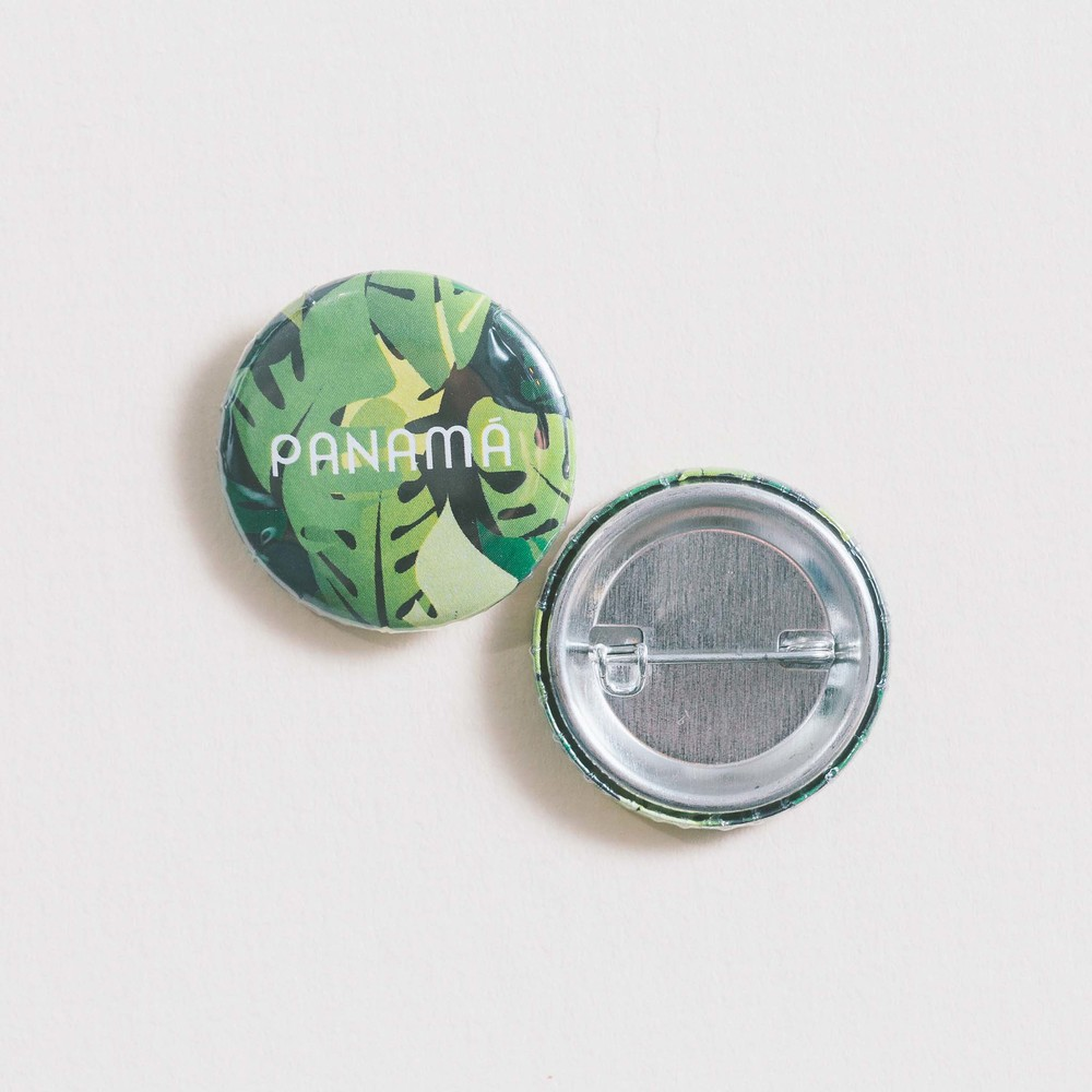$2.40- PALM TREES PIN
