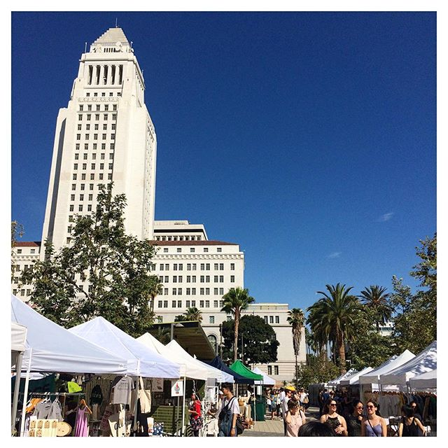 A Saturday afternoon talking to some great vendors at the #renegadecraftfairla