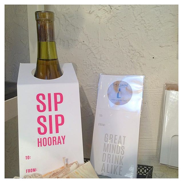 TGIF. Sip up! 👌🍷 @chezgagne #wino #chezgagne #letterpresscards #vino #fridayfun #TGIF #sippin #celebrate #weekend #winegifts #winelover #giftstore #studiocity #venturablvd #losangeles