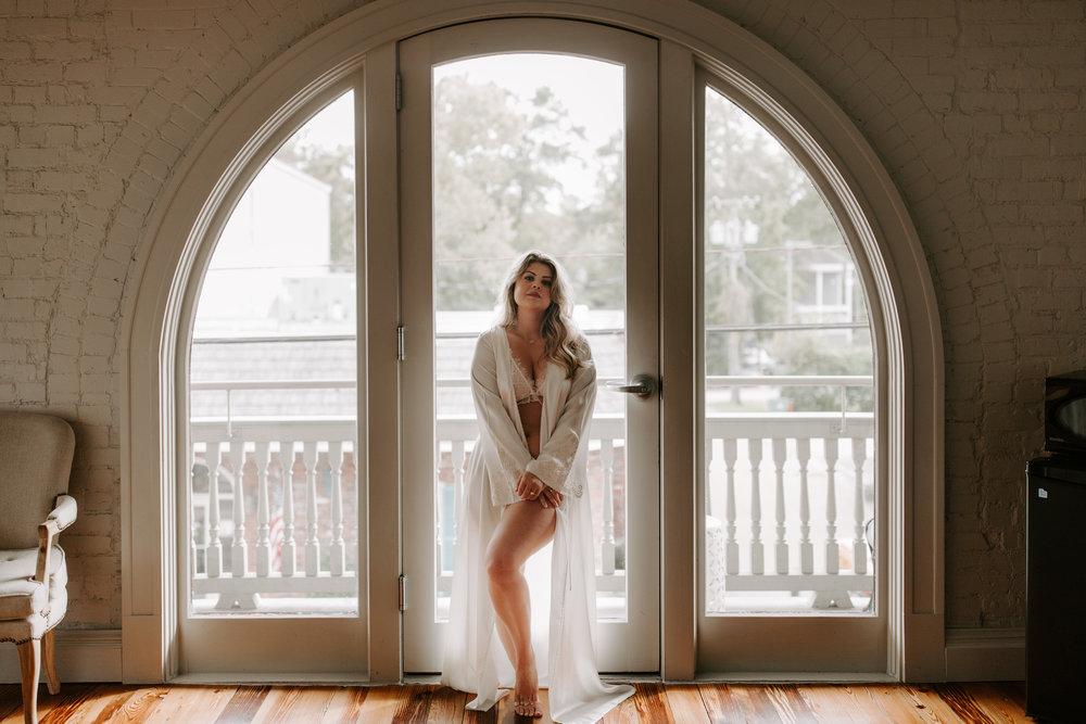 LindseyBoudoir-70.jpg