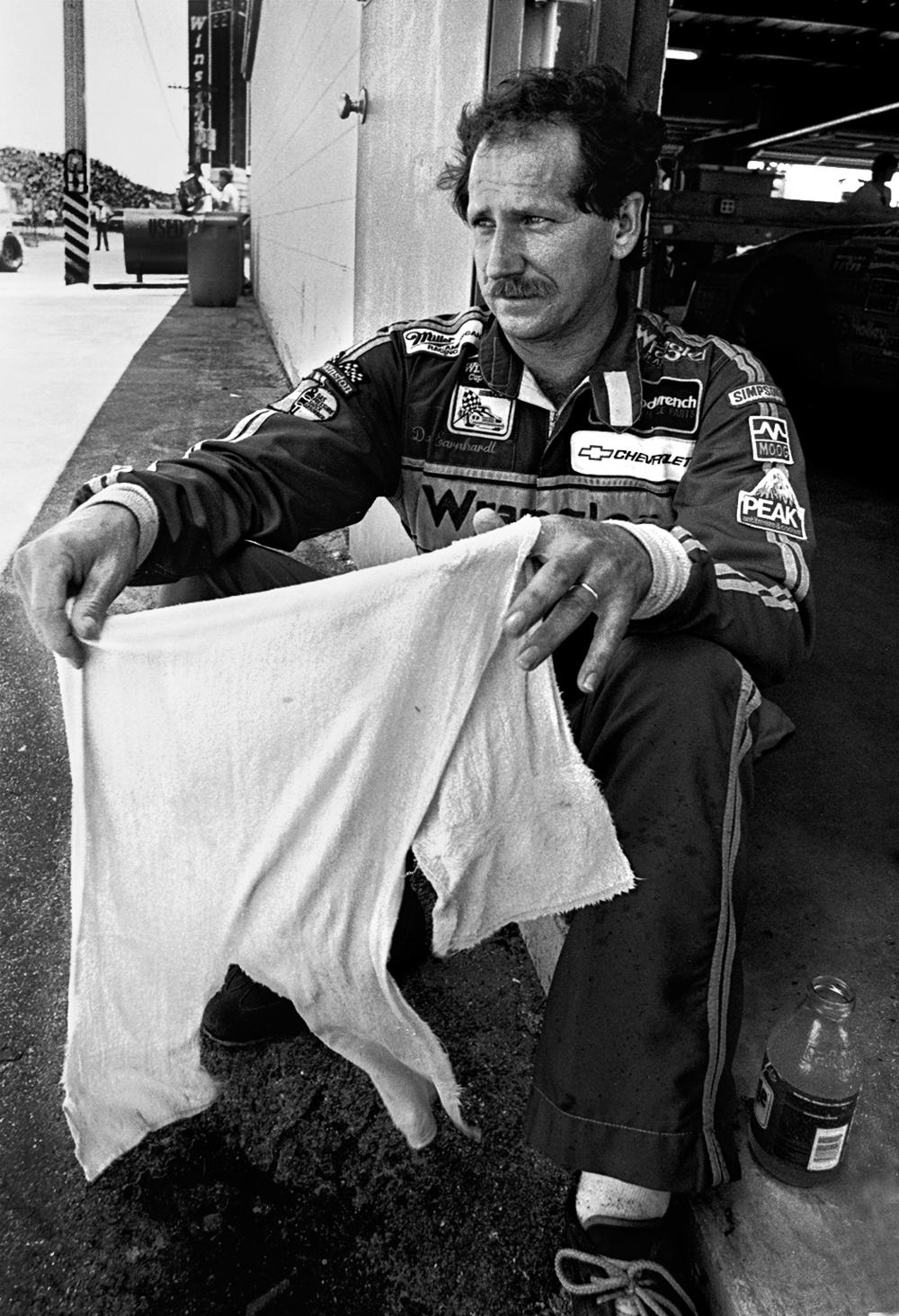 Dale Earnhardt Sr. (1987)