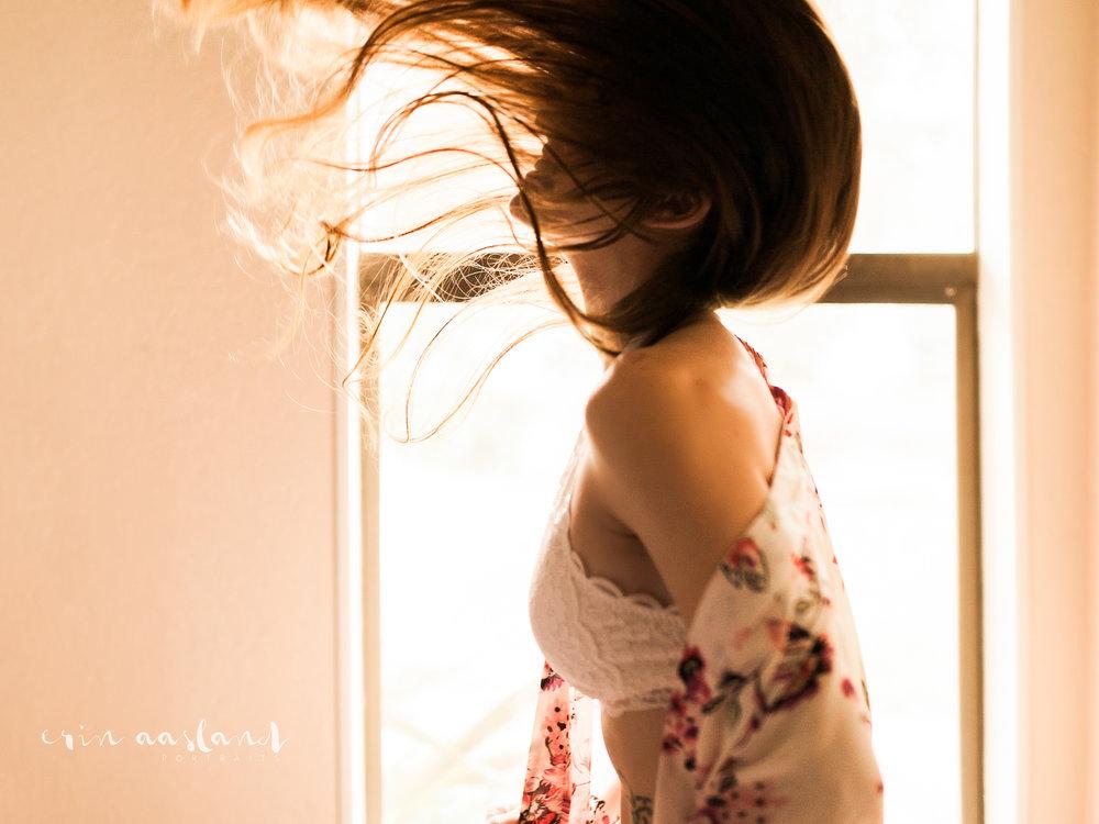 Erin Aasland Snoqualmie Boudoir Photographer Backlit Lace Hair Flip