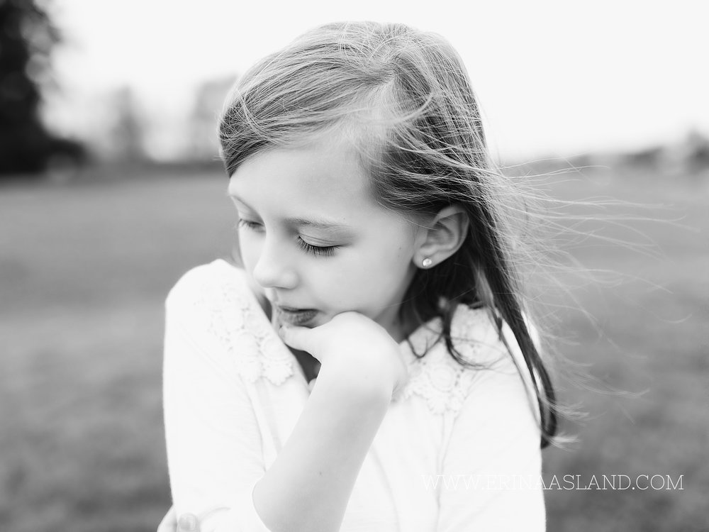 Erin Aasland Snoqualmie Children Photographer dandilions
