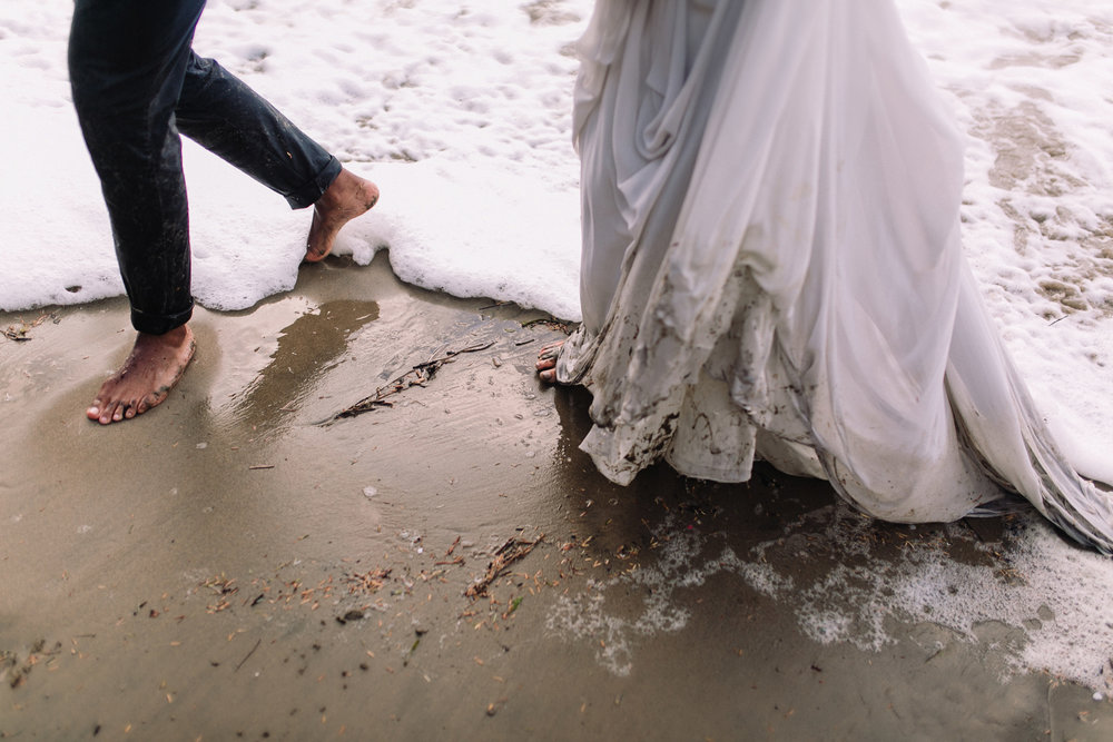 Erin Aasland Elopement Coastal Oregon Dirty Dress bare feet waves