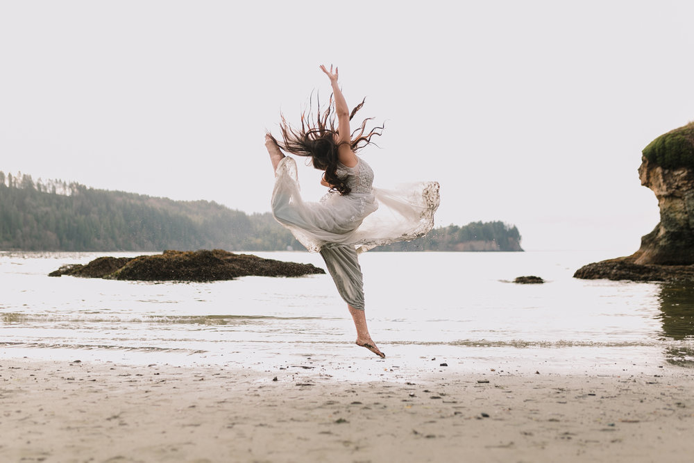 -- when your client is a dancer + you ask her to jump in a heavy wet wedding gown. STUNNING!