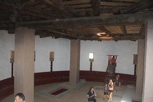 Aztec-Ruins-Kiva.jpg