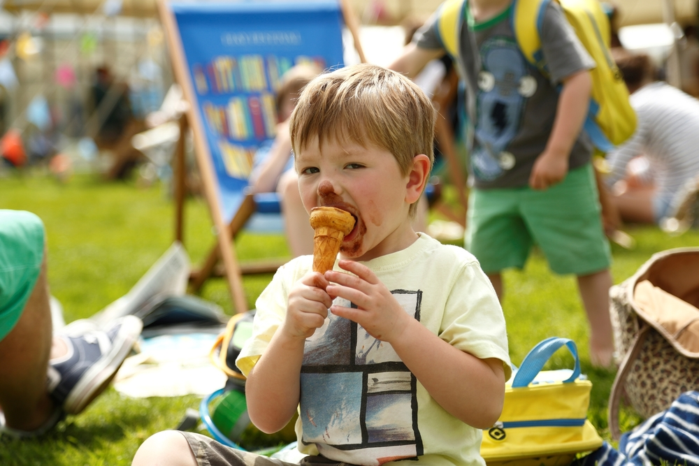 Hay Festival 2015 - boy with ice cream.jpg