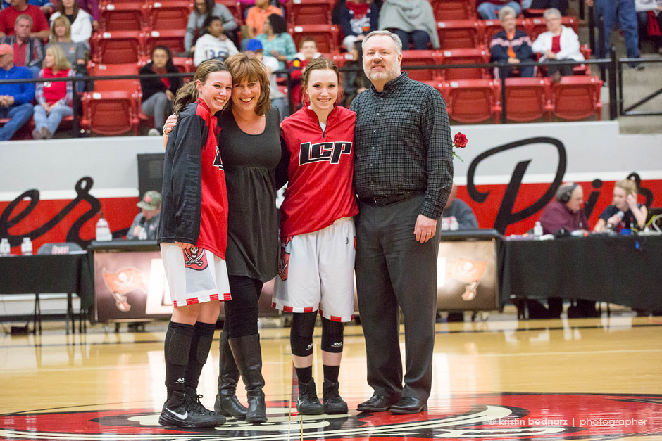 Sarah Beth and her family with Jacey Hise.
