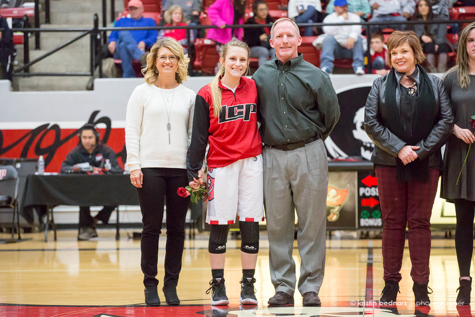 Miss Hollie Windham and her parents.