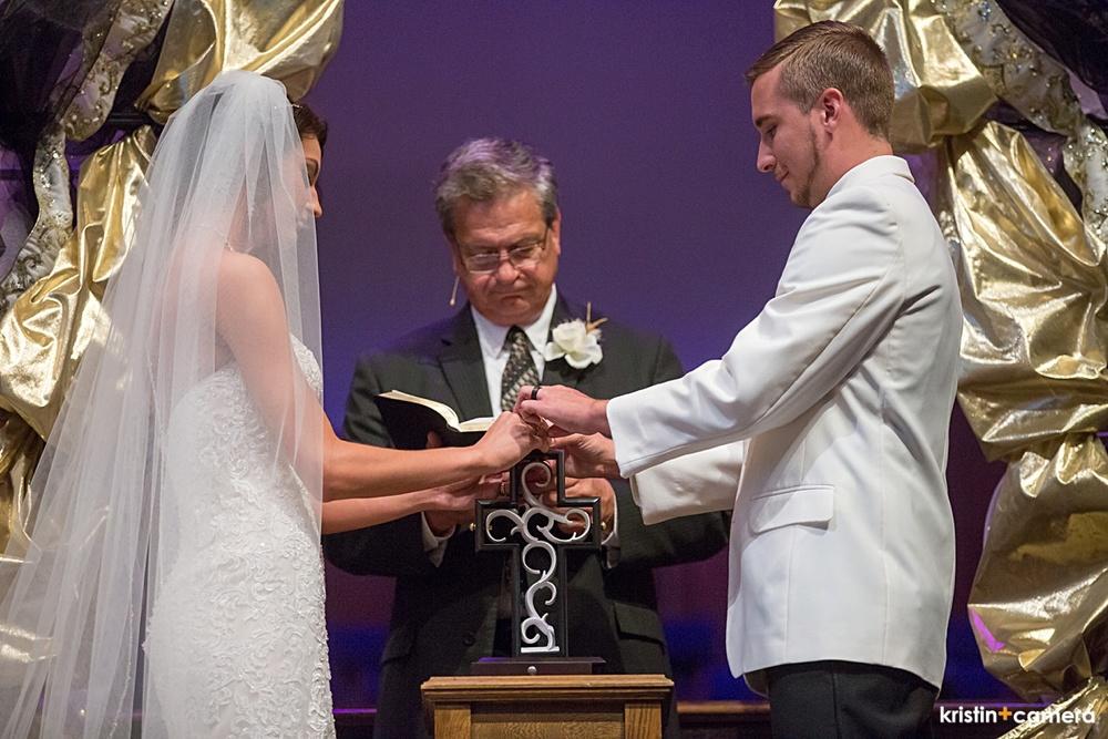Lubbock-Wedding-Photographer-Watson-Building-0037.JPG