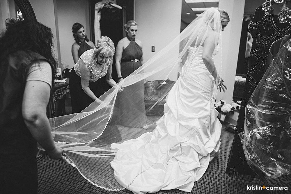 Lubbock-Wedding-Photographer-0013-Graft-Boyd.JPG