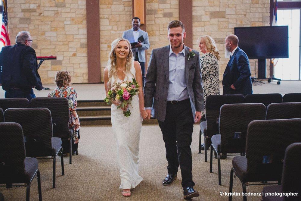 kristin_bednarz_wedding_photographer_20190214_00045sneak_peek.JPG