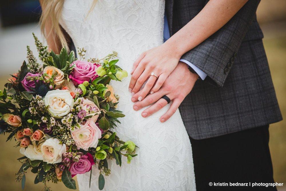 kristin_bednarz_wedding_photographer_20190214_00067sneak_peek.JPG