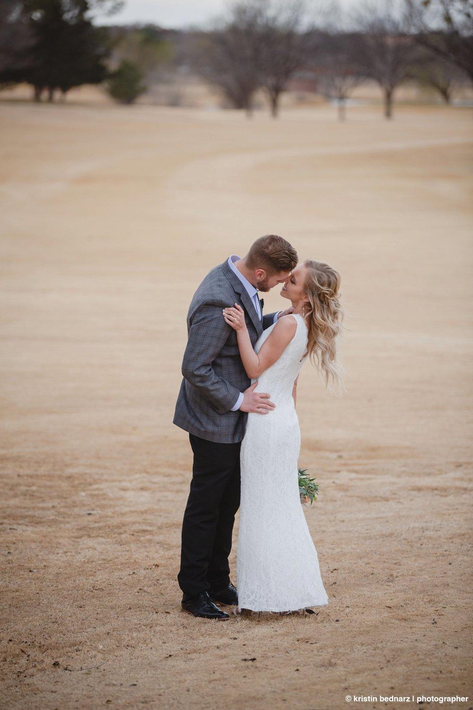 kristin_bednarz_wedding_photographer_20190214_00080sneak_peek.JPG