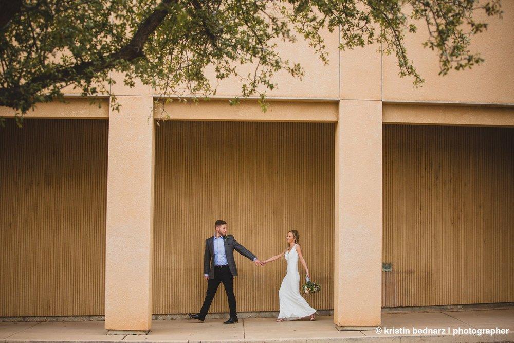 kristin_bednarz_wedding_photographer_20190214_00095sneak_peek.JPG