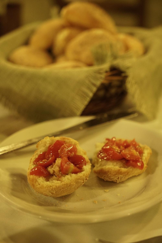 tomato bruschetta sicily.JPG