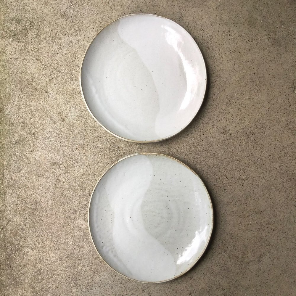 448 Pair glossy white plates top.jpg