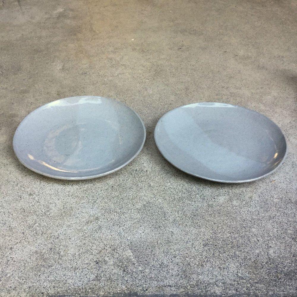 554 Pair glossy grey plates side.jpg