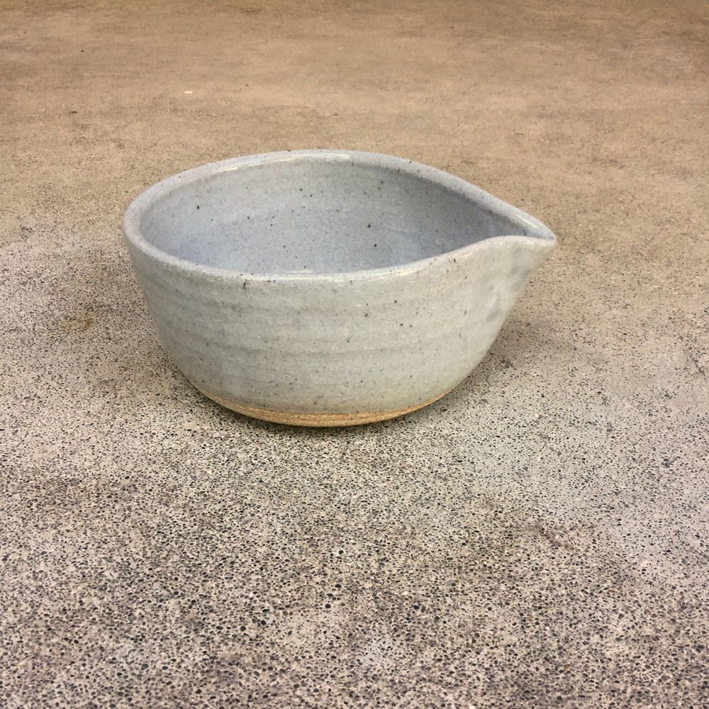 799 Glossy grey spouted bowl side 2.jpg