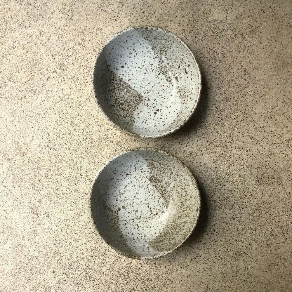 832 Pair speckled oatmeal top.jpg