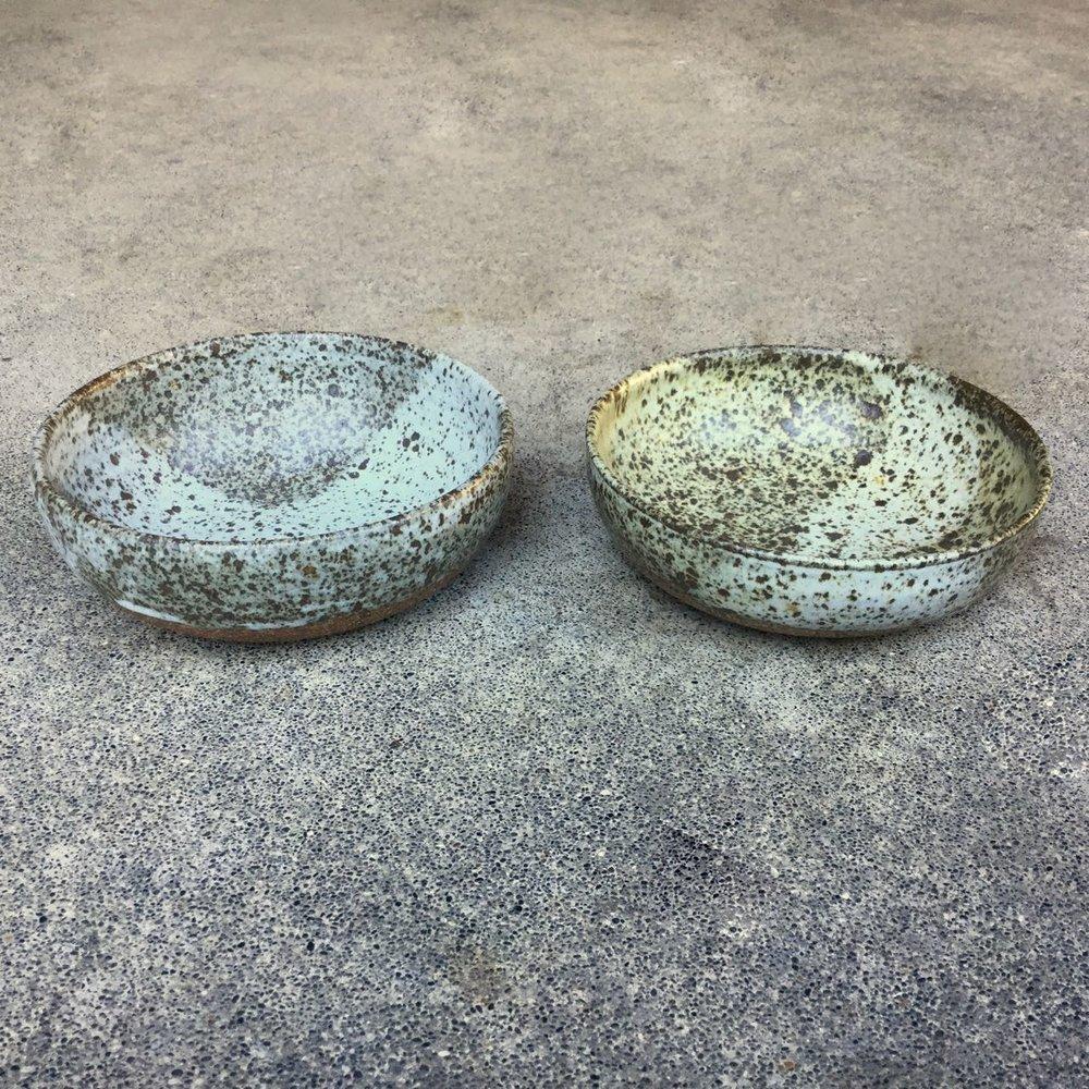 894 Pair speckled oatmeal side.jpg